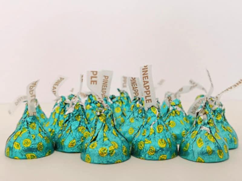 とにかく数が必要!という時におすすめなパイナップル&ココナッツフレーバーのキスチョコ