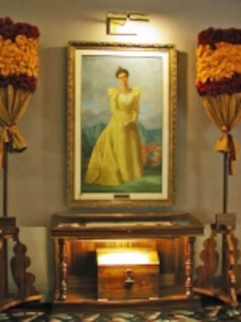 シェラトン・プリンセス・カイウラニのロビーにあるカイウラニの肖像画