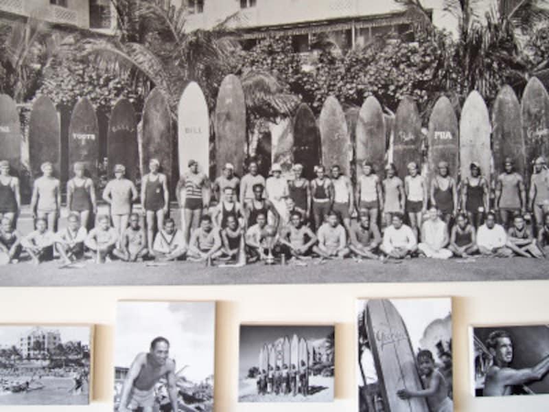 1900年代はじめ、ワイキキビーチで活躍していたビーチボーイたち(ロイヤルハワイアンホテル「ビーチボーイズ展より」)