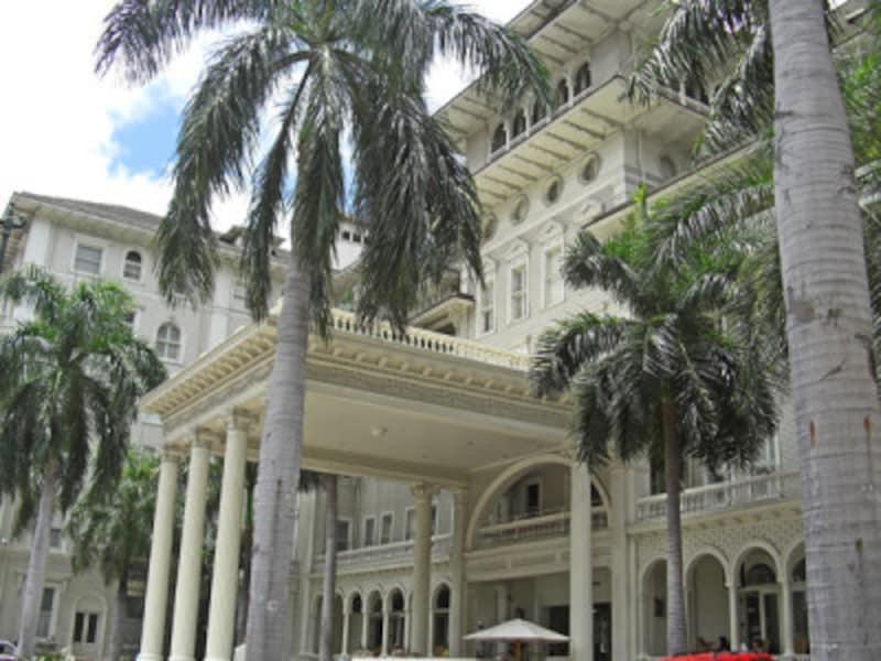 1901年3月創業のワイキキ最古のホテル、モアナ・サーフライダー・ウェスティン・リゾート&スパ
