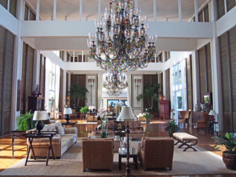 ザ・カハラのロビー。ザ・カハラでは、ホテル散策も楽しい