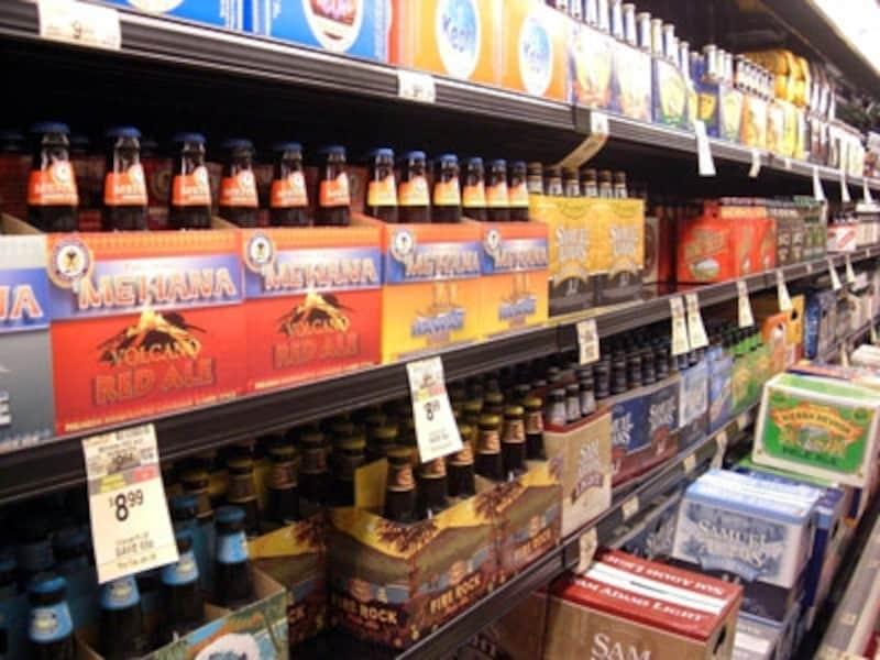 お酒の販売は、朝6時から深夜12時までと決められている