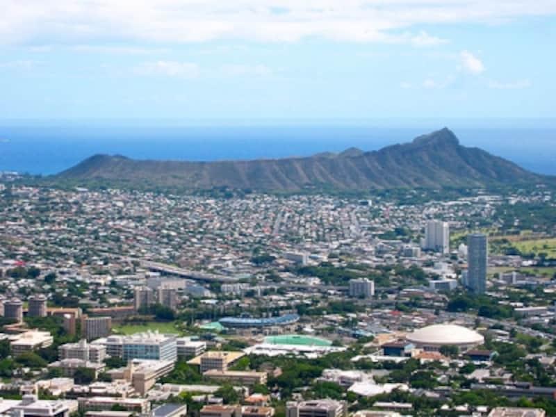 1959年にハワイ州が誕生して60年。1959年はアラモアナセンターがオープンした年でもあります