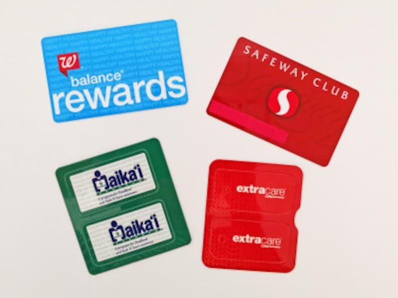 旅行者でも入会できるスーパーマーケットの会員システム。左上/ウォルグリーン右上/セーフウェイ左下/フードランド右下/ロングスドラッグス