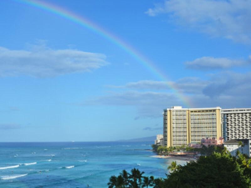 ハワイの冬は虹の季節。シャワーの後に出やすくなります