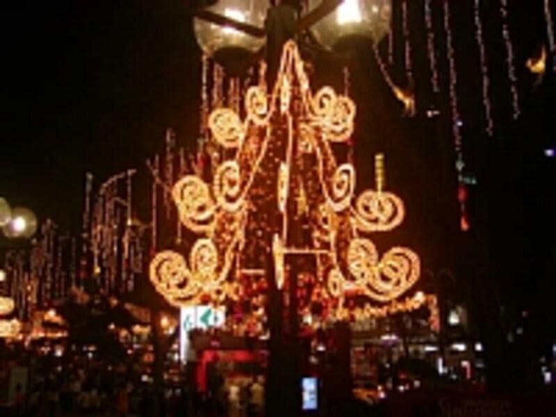 ニー・アン・シティのクリスマスライトアップ