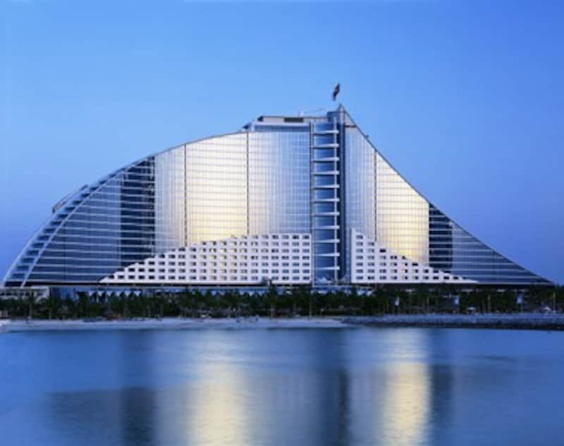 ジュメイラビーチホテル