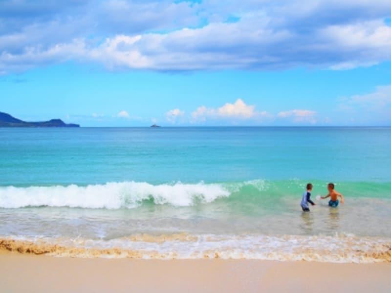 子連れのハワイ旅行では、家族みんなが笑顔で過ごすことが一番!そのためには知っておきたい知識や情報もある