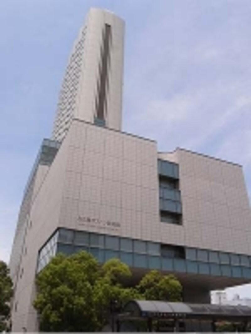 1999(平成11)年開業。地上30階・全246室