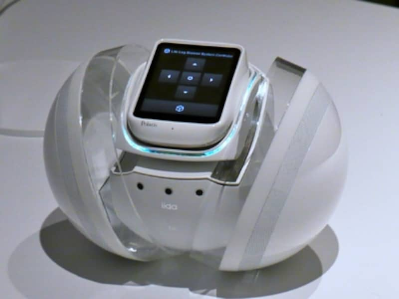 先頃発表されたコンセプトモデル。ロボットになっており、ユーザーのライフログを管理してくれる
