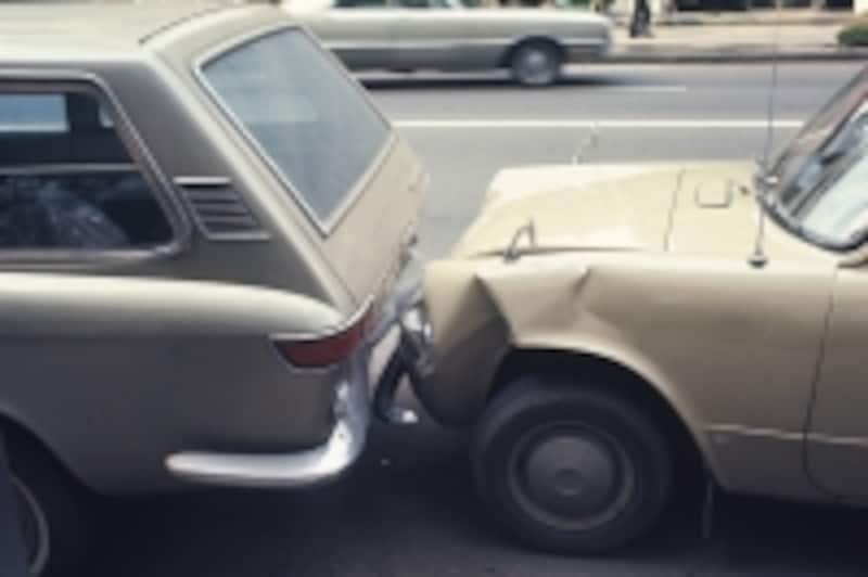 交通事故を起こしてしまった!まずやるべきことは……