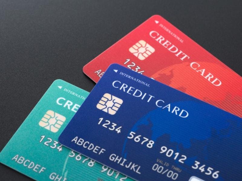 複数の海外旅行保険付帯クレジットカードで、補償も2倍、3倍?