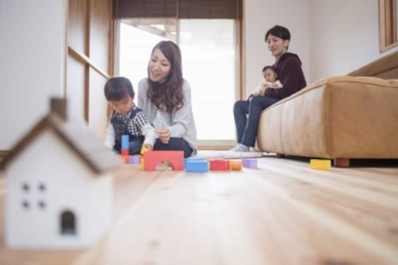 住宅ローンを組むと生命保険や火災保険が一層重要になります