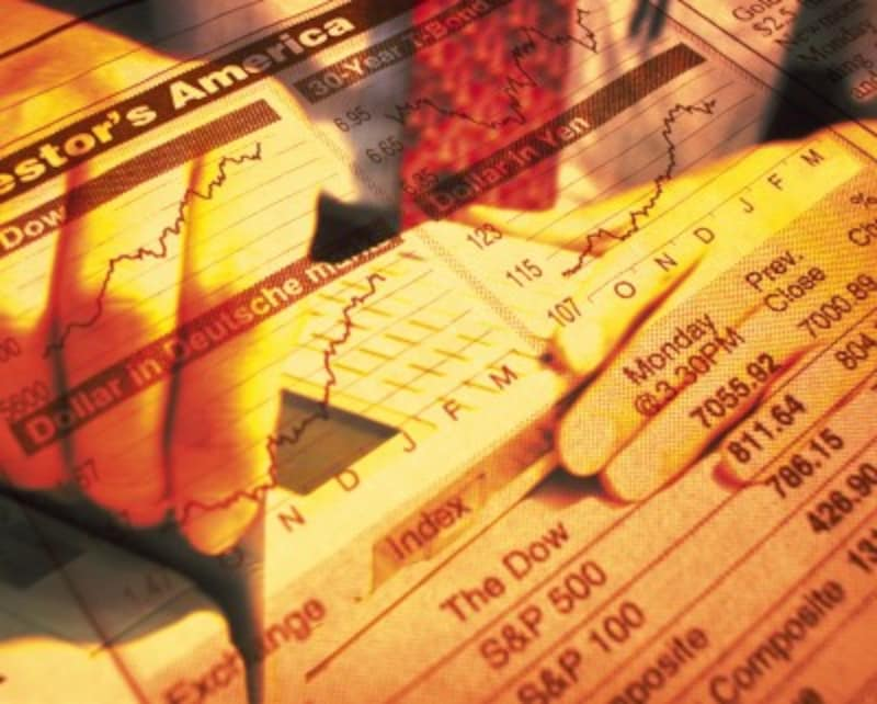 様々な投資対象にレバレッジをかけ、売りからでも買いからでも、24時間いつでも取引できるのがCFDの魅力です