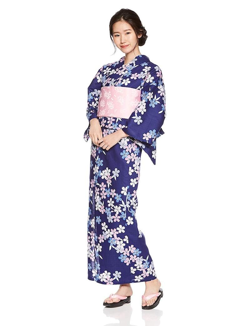 夏日記,色とりどりの桜を描いた紺色の浴衣,1817-4