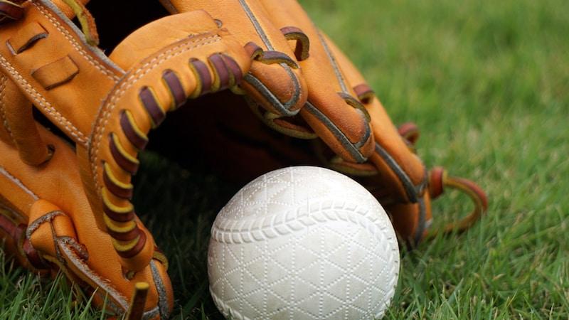硬式野球グローブ、投手・内外野手別の選び方とおすすめメーカー