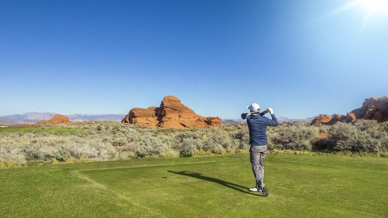 【メンズ】ゴルフ用ブルゾン9選を紹介|おすすめ人気デザインや着こなし方などもチェック