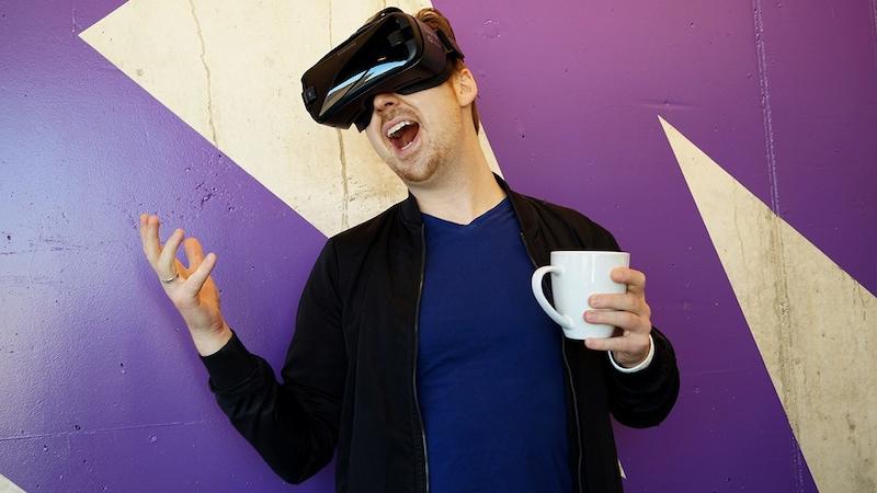 VRの世界へ没頭するならヘッドマウントディスプレイ3選