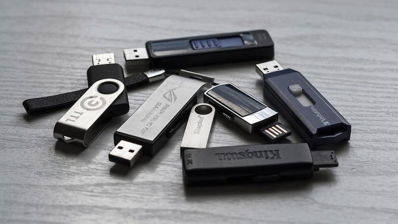 USBフラッシュメモリで気軽にデータを持ち運び。おすすめ11選