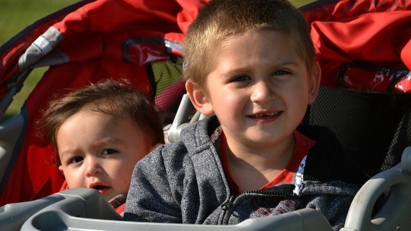 二人乗りベビーカーのおすすめ15選!双子や年子、兄弟姉妹に使える