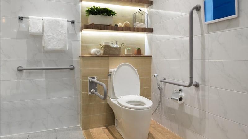 トイレをタイルでおしゃれにDIY!実例とおすすめアイテム
