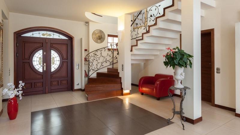 玄関をタイルでおしゃれに!簡単DIY方法とおすすめの床タイル