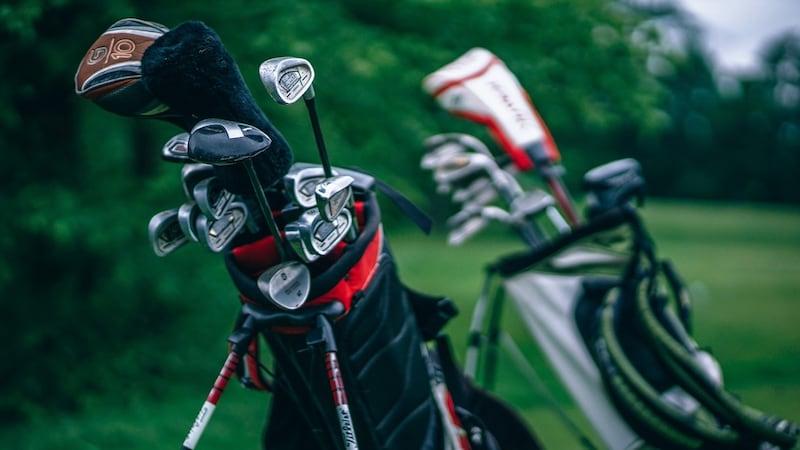 ゴルフクラブケースのおすすめ人気ランキング13選|練習用で持つのもおすすめ!