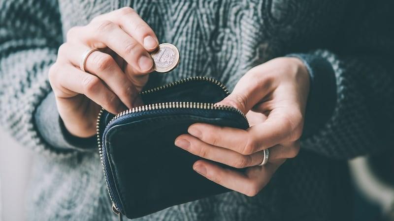 ミニ財布の人気おすすめレディースブランド9選!本革やプチプラでかわいいものも