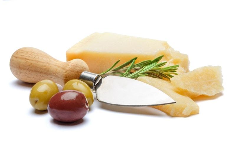 チーズナイフのおすすめランキング14選|種類や使い方は?チーズによって使い分け!