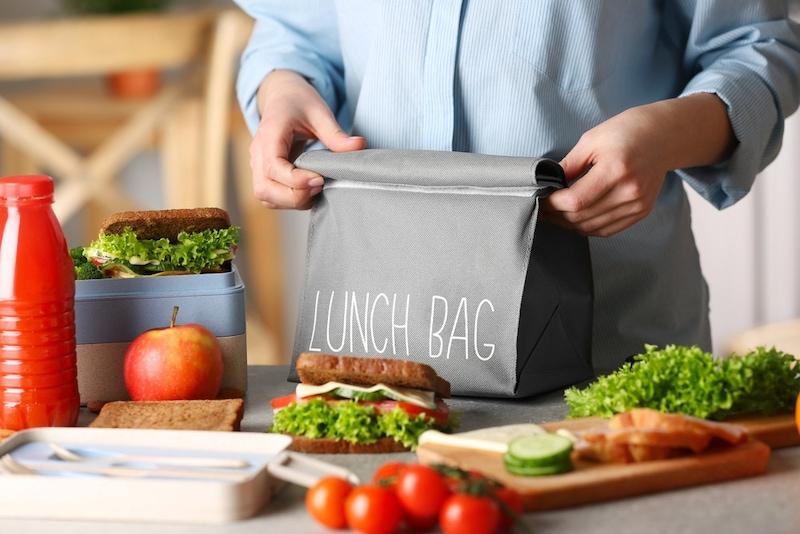 ランチバッグのおすすめ人気ランキング15選|おしゃれな保冷機能付き!子ども向け商品も紹介