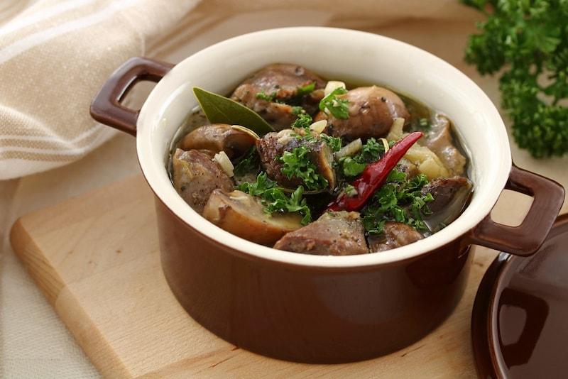 ココット鍋のおすすめ人気ランキング10選|料理や使い方も簡単!ミニサイズの商品やレンジ対応もご紹介