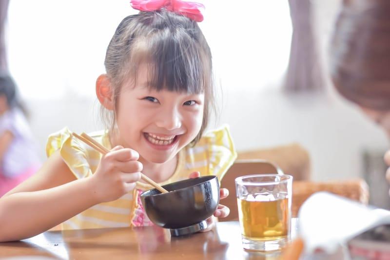 子供用お箸のおすすめ人気ランキング14選|練習はいつから?子供の手に合う長さのものを