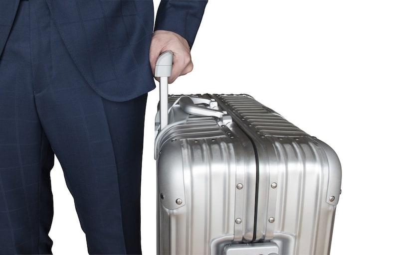 466f01d828 アルミ製スーツケースおすすめ人気ランキング18選|有名ブランドなどを紹介!機内持ち込みは? - Best One(ベストワン)