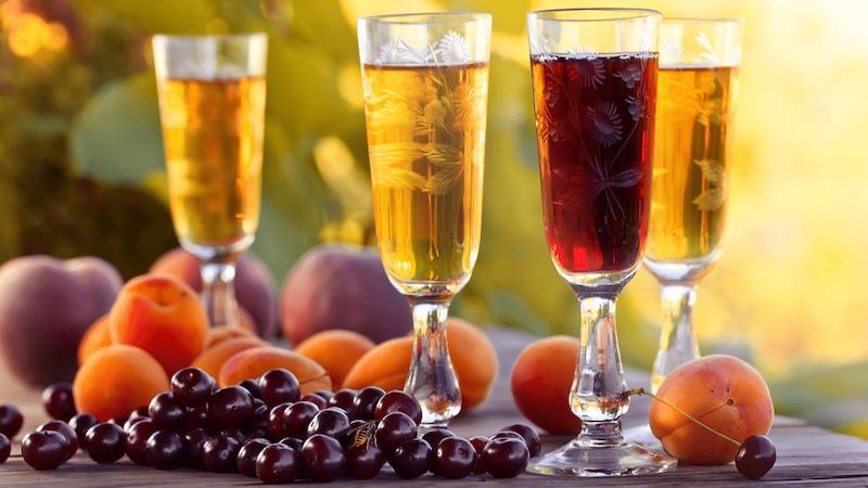 果実酒のおすすめ人気ランキング9選 気軽に飲めて女性に大人気!