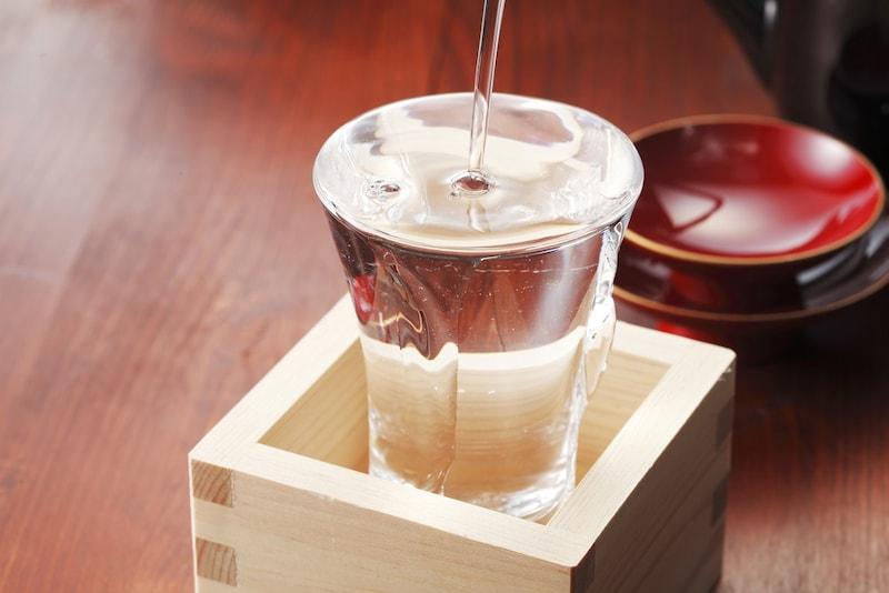 辛口日本酒のおすすめ人気ランキング10選|目からウロコの端麗辛口!