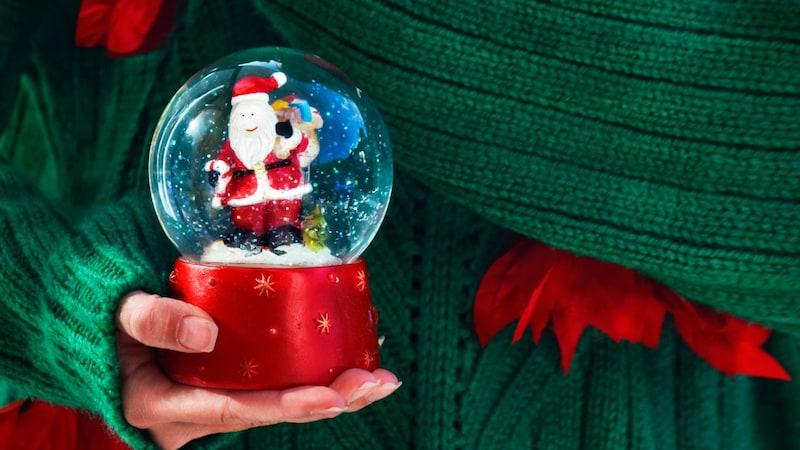 綺麗なスノードームのおすすめ人気ランキング15選|クリスマスをおしゃれに彩る!作り方も紹介