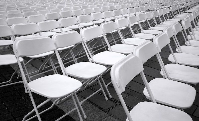 パイプ椅子おすすめ人気ランキング12選 折り畳みで収納性◎軽量なものも!