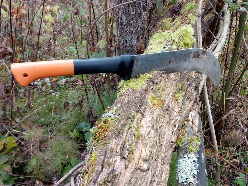 なたのおすすめ人気ランキング10選|キャンプでの薪割りに!片刃から両刀タイプをご紹介