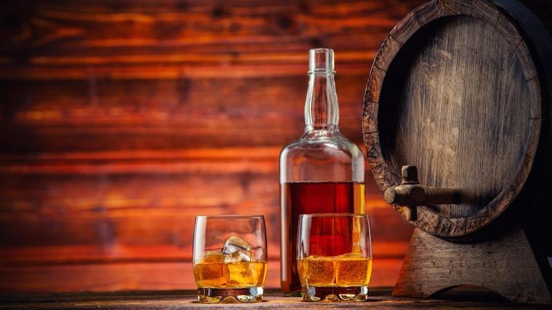 ウイスキーのおすすめ人気ランキング10選|スコッチ・バーボンなどの種類を解説