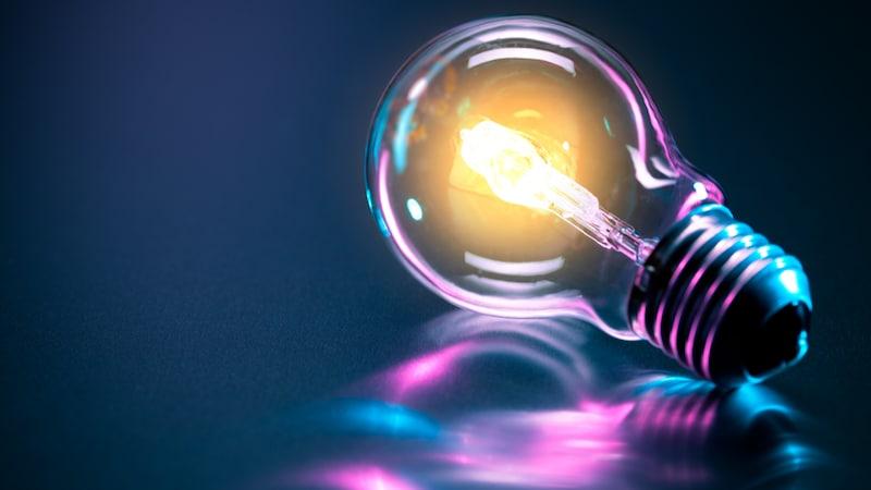 電球のおすすめ人気ランキング10選|サイズや色に注目!
