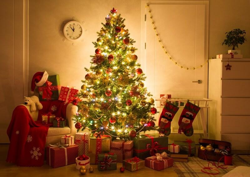 クリスマスツリーおすすめ人気ランキング9選|ぴったりの高さ,幅,タイプのツリーを見つけよう!