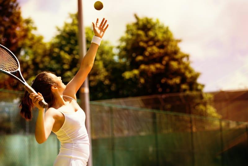 テニスグローブのおすすめ人気ランキング8選|気になる日焼けや防寒に