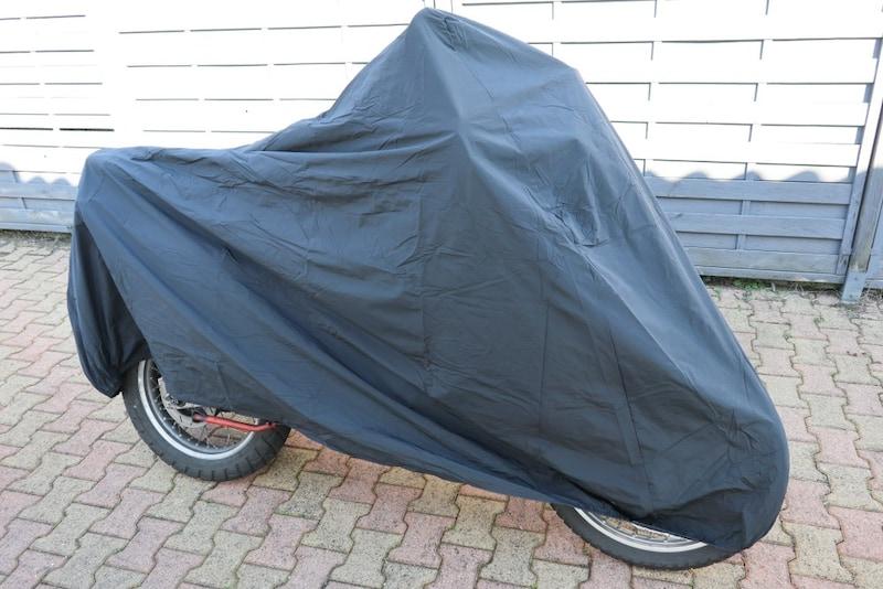 バイクカバーのおすすめ人気ランキング17選|雨風から守る!耐熱性が高いものが◎