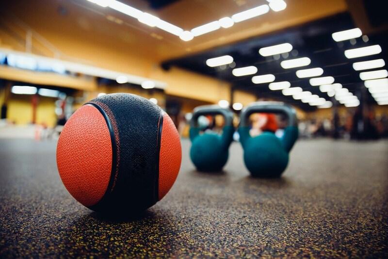 メディシンボールおすすめ人気ランキング8選|体幹トレーニングにおすすめ