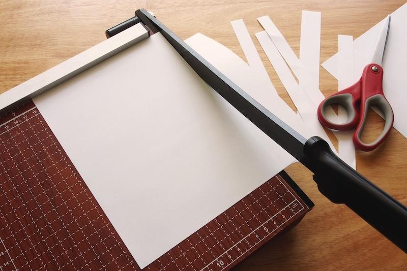 裁断機おすすめ人気ランキング9選|オフィスでも自宅自炊用でも使える!