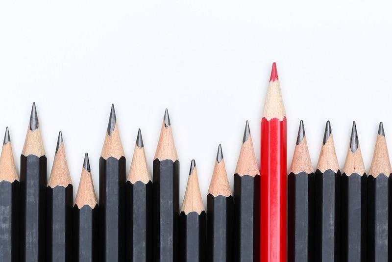 赤えんぴつのおすすめ人気ランキング9選|書きやすく小学校で活躍するのは?