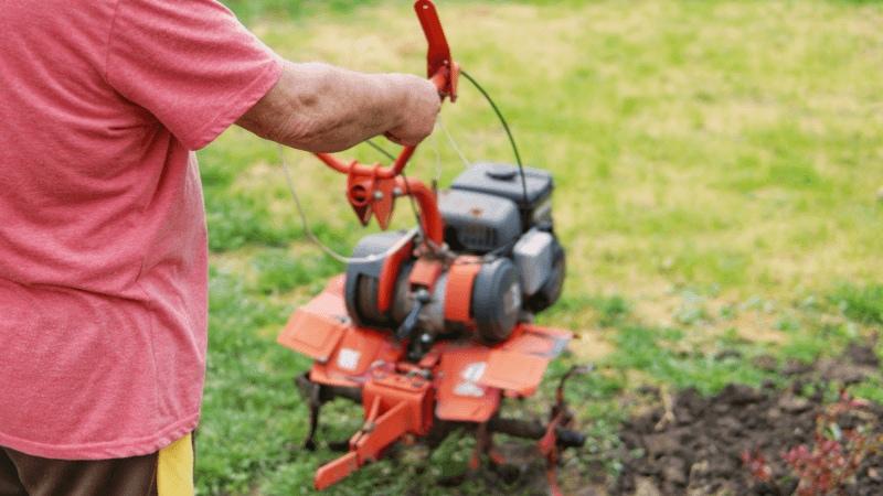 自走式草刈機のおすすめ人気ランキング4選|除草作業をもっとラクに!