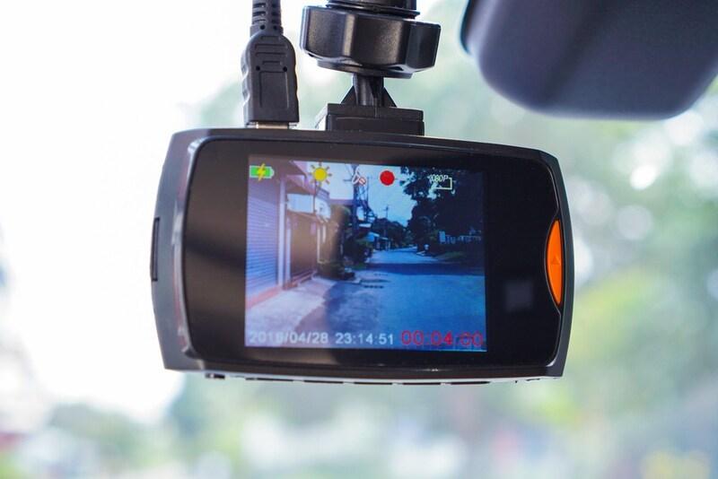 【2020年】前後用ドライブレコーダー人気ランキング13選 オートバックスに聞いた!おすすめの駐車監視商品