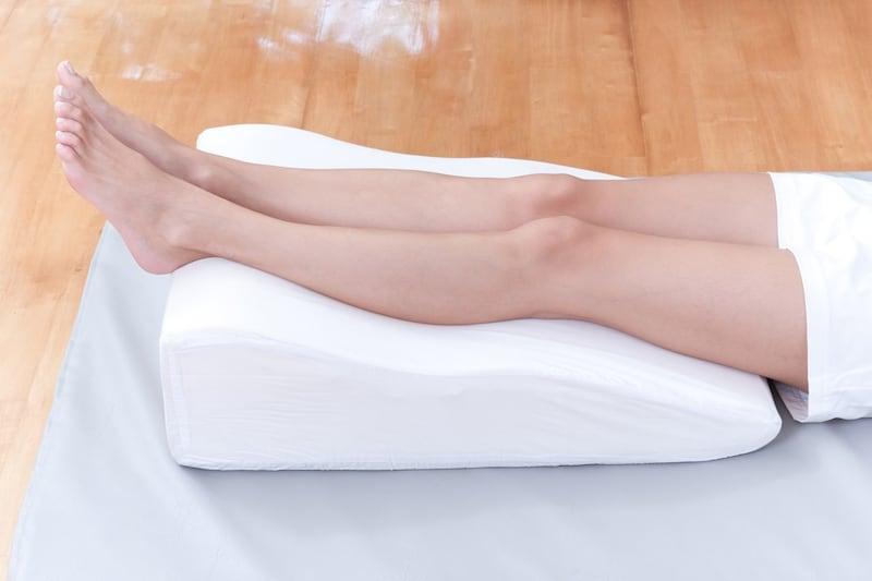 足枕おすすめ人気ランキング11選|脚のむくみ・腰痛対策に!