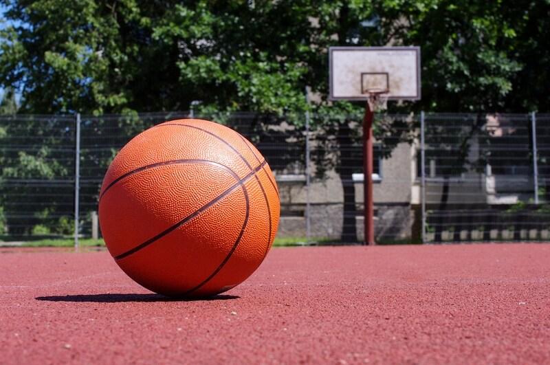 【最新版】バスケットボールの人気ランキング12選|注目の商品はどれ?ブランドや素材紹介も!